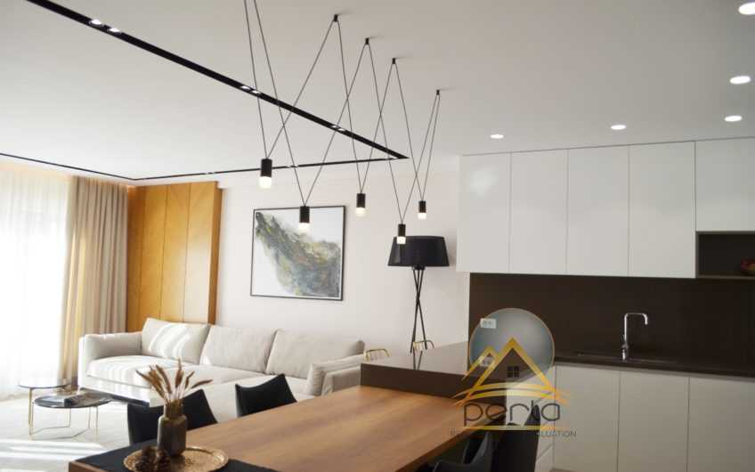 """Jepet me qera apartament 2+1, ne Rrugen """"Marko Bocari"""" (Liqeni Artificial)"""